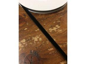 Černá sametová stuha, 6 mm