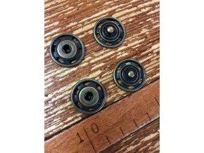 Mosazné kovové patenty, 22 mm