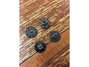 Kovové patenty, 20 mm