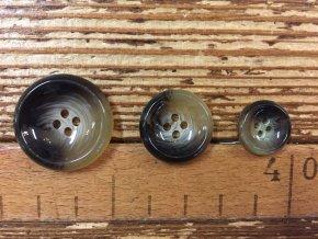 Béžovohnědý čtyřdírkový knoflík