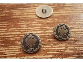 Stříbrný knoflík ve tvaru mince