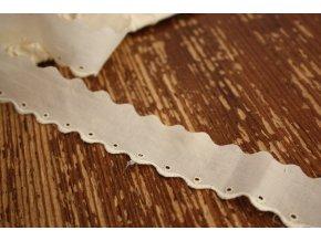 Bavlněná madeira slonová kost-obloučky