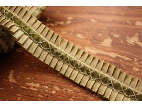 Saténová plisovaná bordura se sametem design Chanel