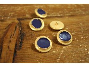 Zlatý knoflík s modrým středem, Marni