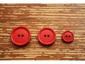 Červený dvoudírkový knoflík, 3 velikosti