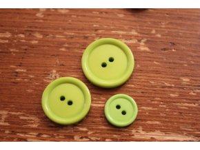 Zelený dvoudírkový knoflík, 3 velikosti