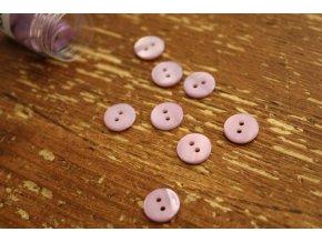 Světle fialový dvoudírkový perleťový knoflík