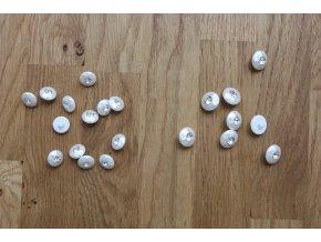 Bílé knoflíky s kamínkem ve 2 velikostech