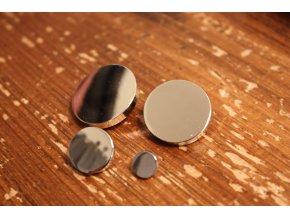 Stříbrný kovový knoflík s ouškem, 4 velikosti