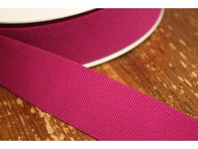 Fuchsiová rypsová guma, 35 mm