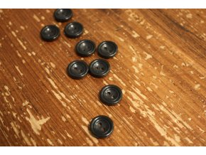 Černý lesklý knoflík, 15mm