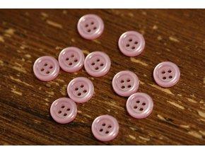 Růžový košilový knoflík s prolisem