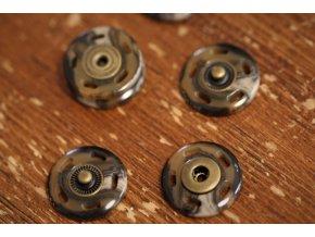 Plastové patenty imitace paroží, 20mm