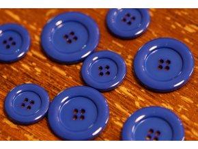 Modrý knoflík ve 2 velikostech