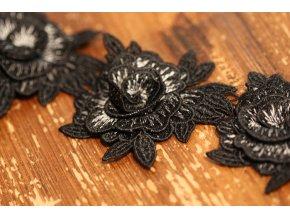 Černá plastická krajka design Kenzo