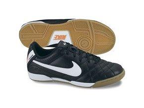 Sálová obuv Nike Tiempo (velikost EUR 42,5)