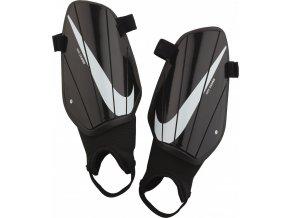 Nike Charge Soccer Shin Guards SP2164 010 černá/bílá (velikost L)