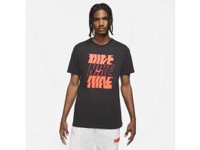 NIKE M Sportswear DB6475 010 (velikost L)