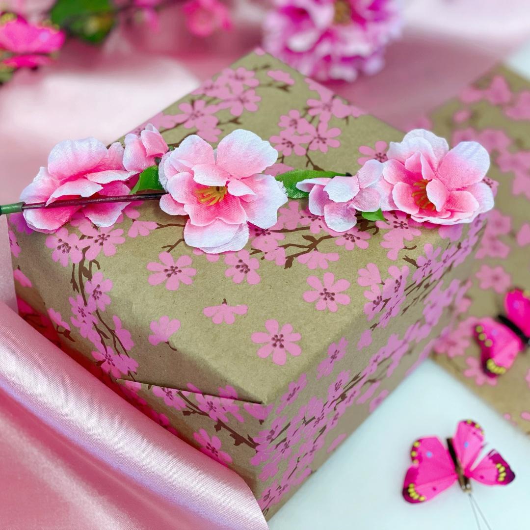 Balení dárků - Květiny a růžová