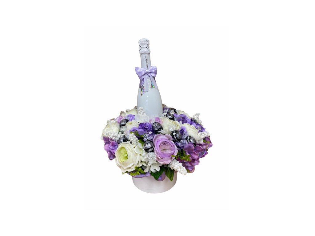 Květinový box z pryskyřníků fialový větší s Lindt bonbóny a sektem 47 cm