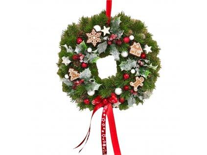 Vánoční chvojkový závěsný věnec s perníčky v červené barvě 30 cm