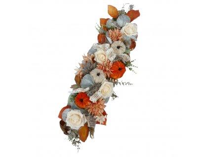 Podzimní dekorace šála na postavení nebo pověšení s oranžovými dýněmi a růžemi 55 cm