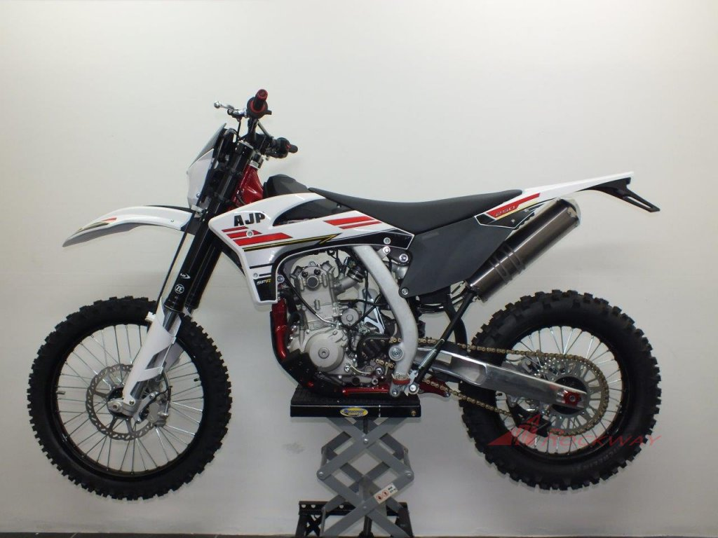 AJP SPR 250 2020 LR (1)