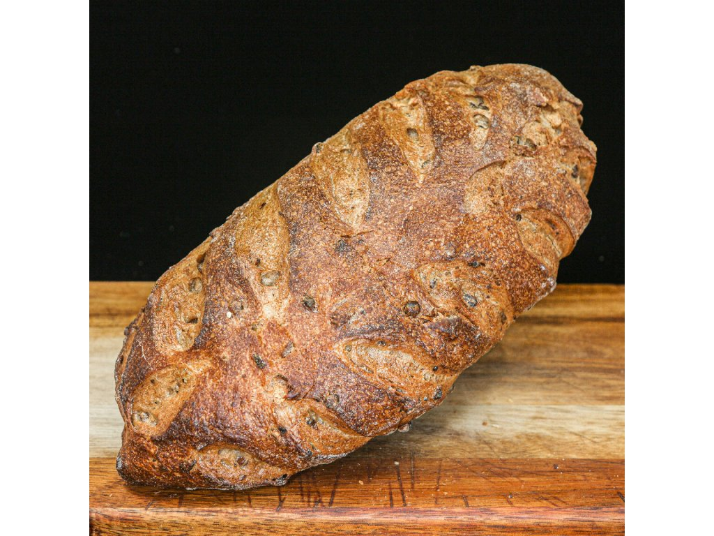 Chléb s vlašskými ořechy