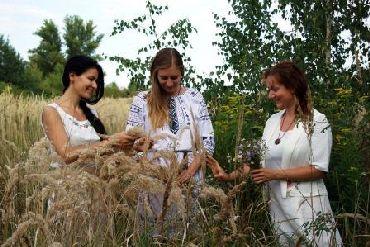 Slovanský oděv a len