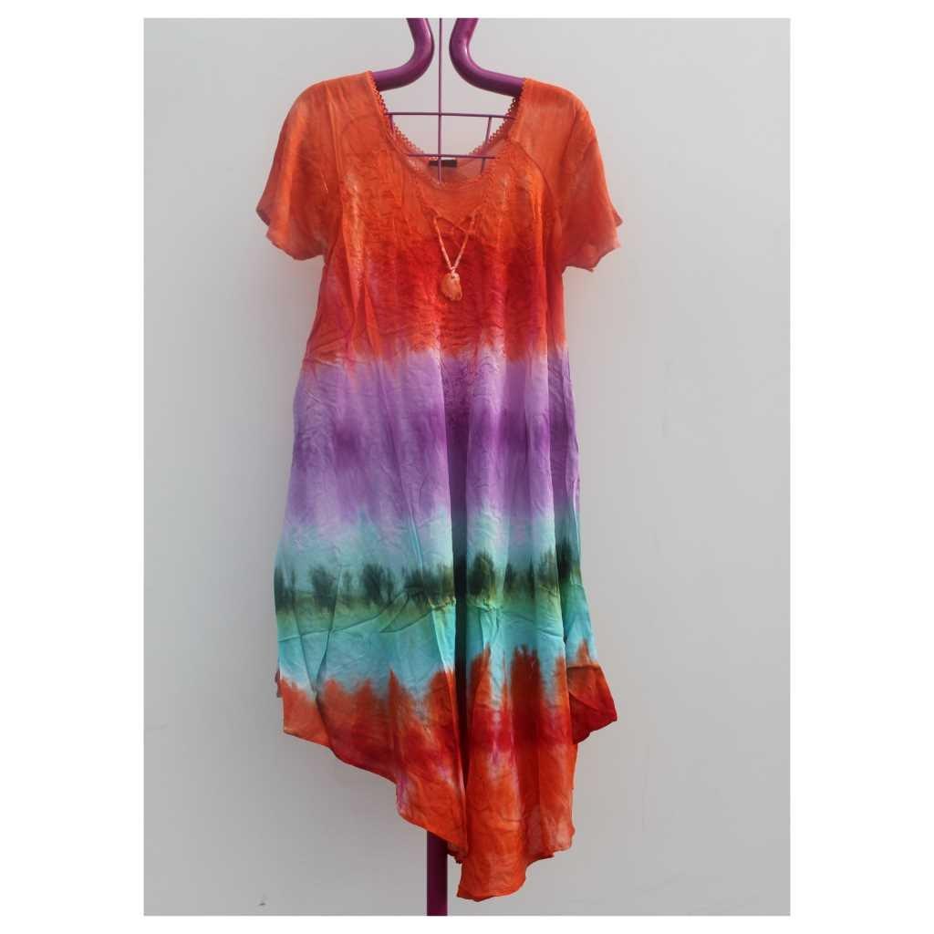 Batikované šaty