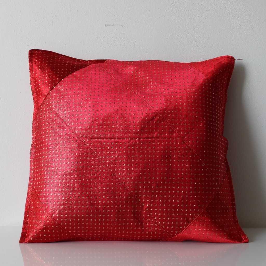 Povlak na polštářek červenozlatý