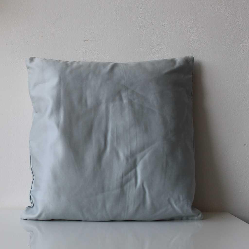 Povlak na polštářek světle šedý