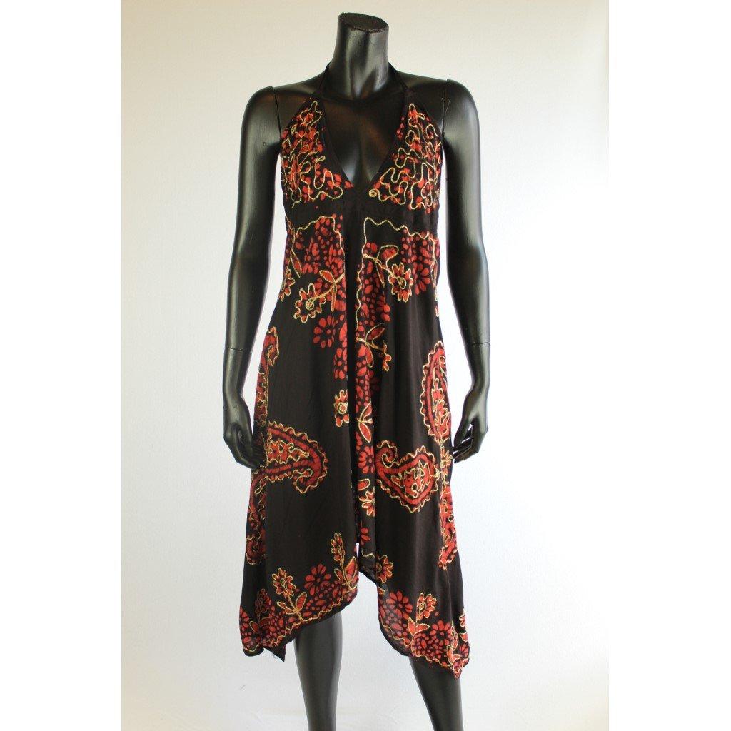Černé šaty s cihlovou batikou