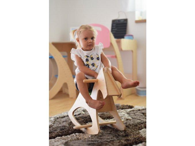 Dětský houpací koník