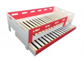 cervena postel