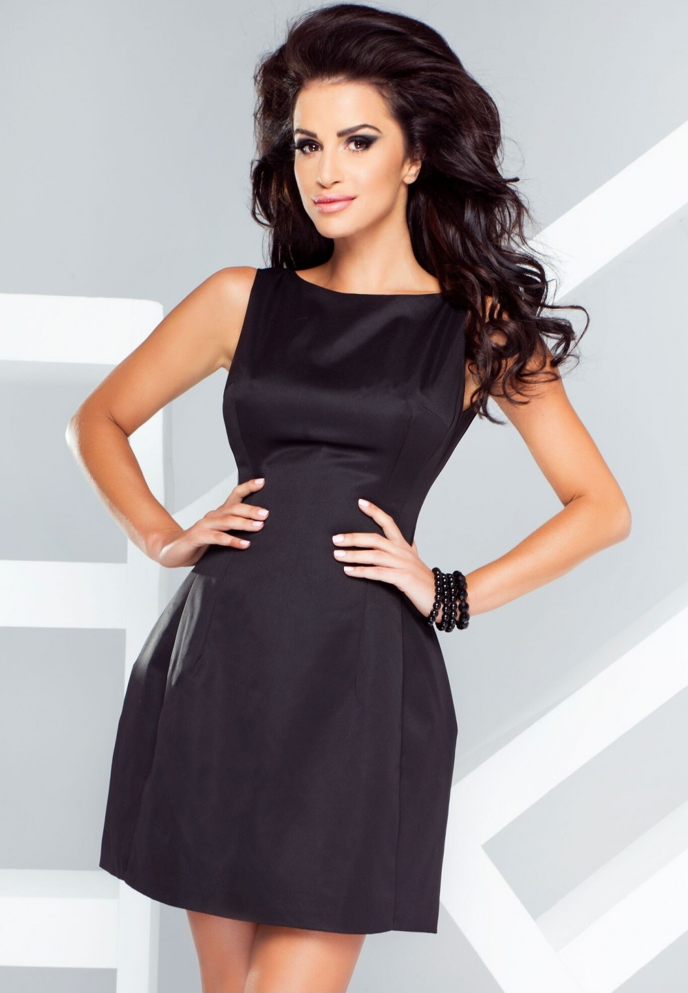 IVON společenské šaty MM-86888 černá Velikost: 40