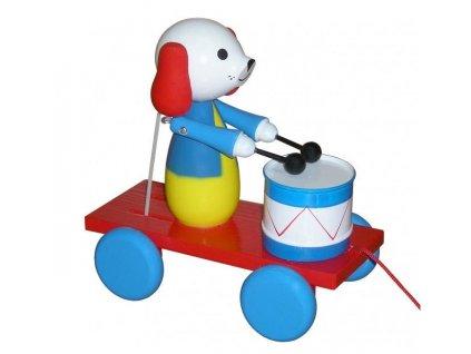 tahacia hracka pes s bubnom