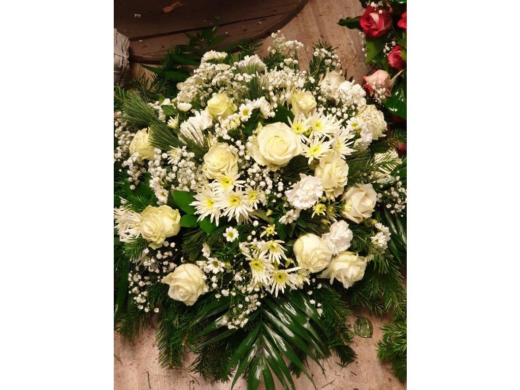 ikebana zo živých kvetov biela