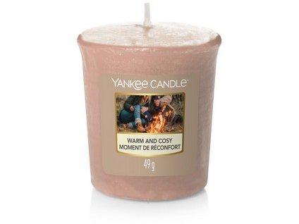 VONNÁ SVÍČKA YANKEE CANDLE votivní svíčka  Warm and Cosy 49 g