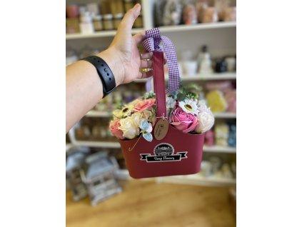 Mýdlová kytice v košíku fialová 1ks