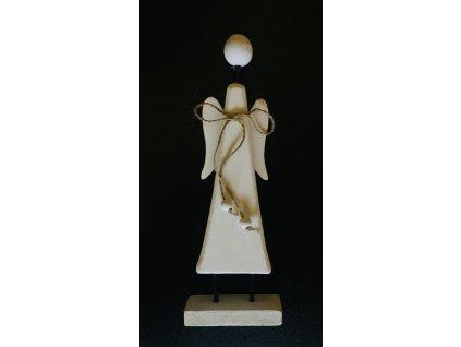 Dřevěný anděl na stojánku 19 cm