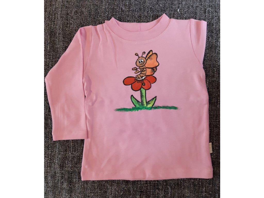 Ručně malované tričko - motýl na květině
