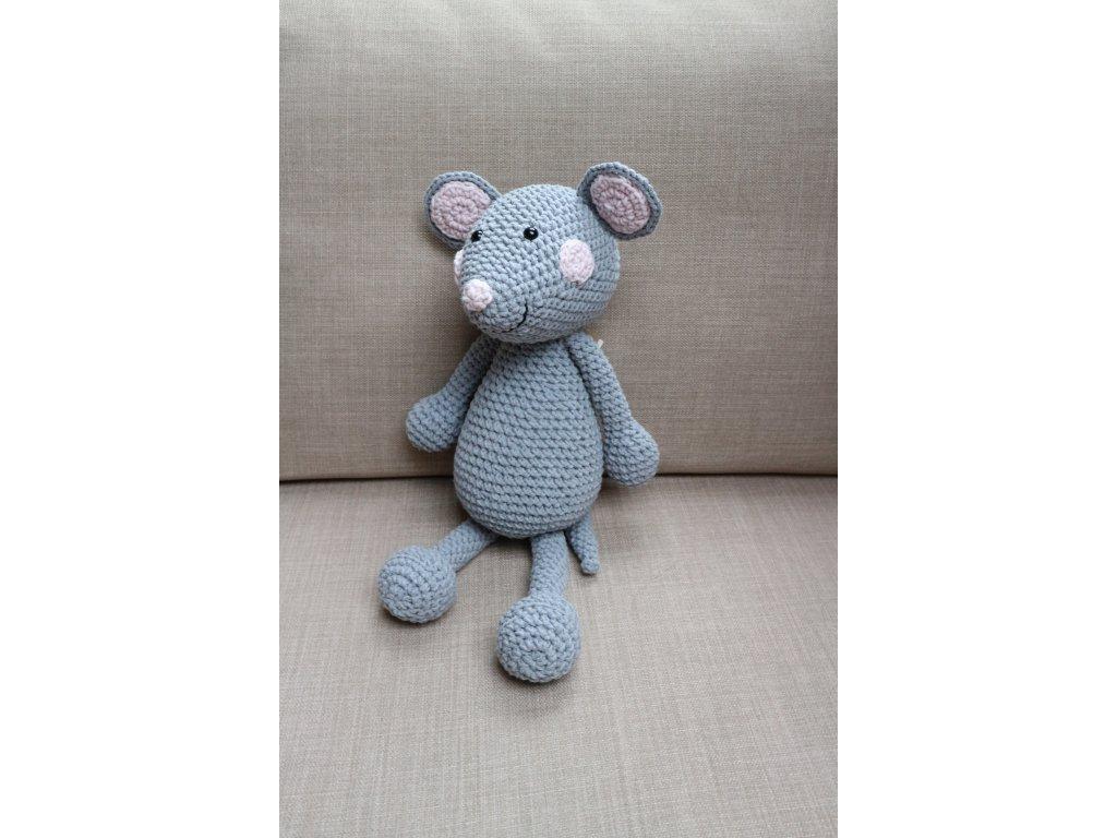 Myška velká šedivá