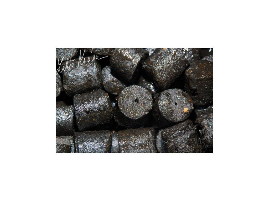 LK BAITS SALT BLACK HALLIBUT PELLETS 10KG, 20MM