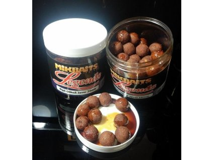 Mikbaits Legends boilie v dipu 20mm/250ml - BigB Broskev Black pepper