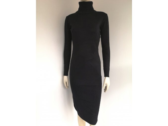 Dámske úpletové šaty s rolákom
