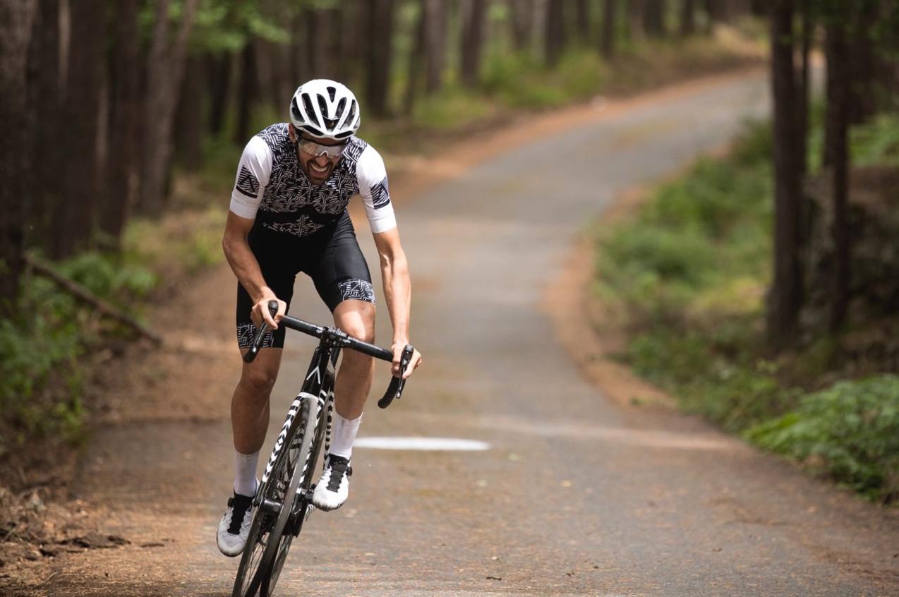 EVERESTING: Contador překonán o 23minut
