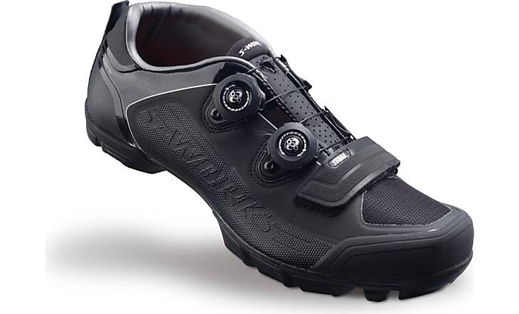 Specialized S-Works Trail MTB black/black 44,5 2015 Barva: černá, Velikost EU: 44,5
