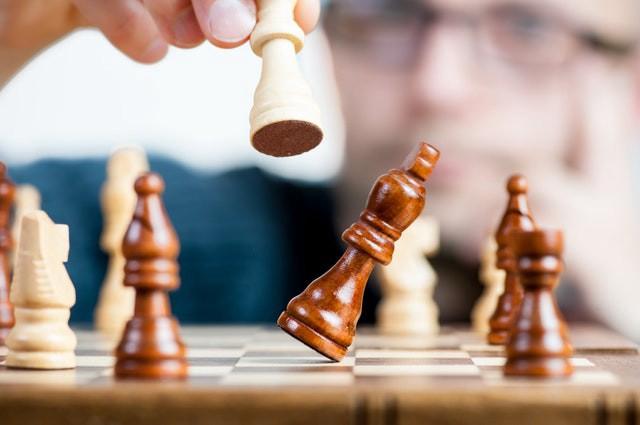 Šachový obchod podporuje šachové podujatia aj počas pandémie