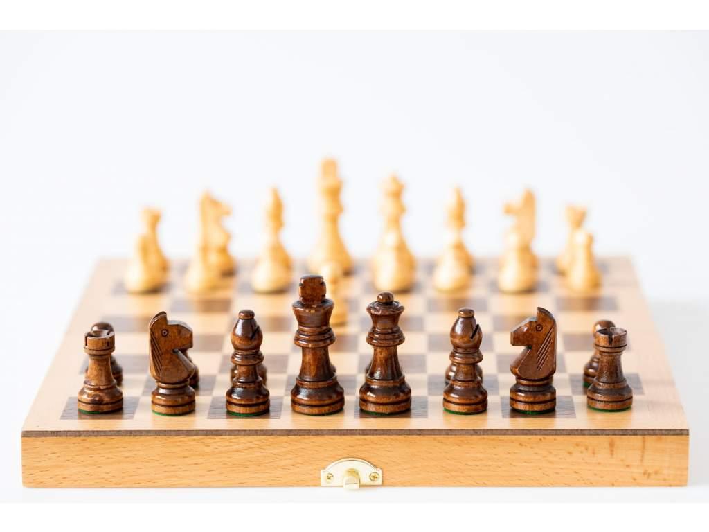 Drevený šach knieža  + doprava zdarma